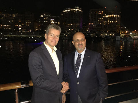 Hi-res image - Inmarsat - Inmarsat has appointed SSI-Monaco as a reseller of its Fleet Xpress (FX) service. Pictured at Monaco Yacht Show are (L-R): Rob Myers, Inmarsat Maritime, with Dr. Ilhami Aygun, President and CEO SSI-Monaco