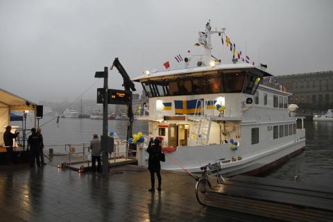 Nytt fartyg döpt i Stockholm