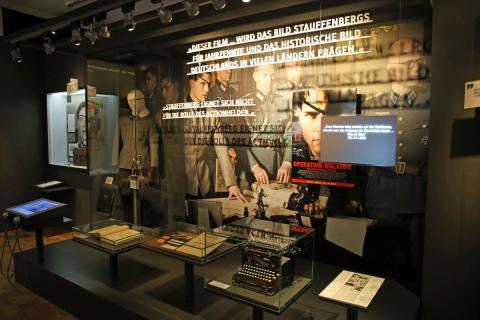 Ausstellungsraum Holocaust - Operation Wallküre