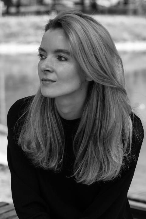 """SOS-Dokumentarfilmpreis für polnisches Dokudrama """"Kommunion (Komunia)"""" : Filmemacherin Anna Zamecka gewinnt Auszeichnung beim DOK.fest München"""