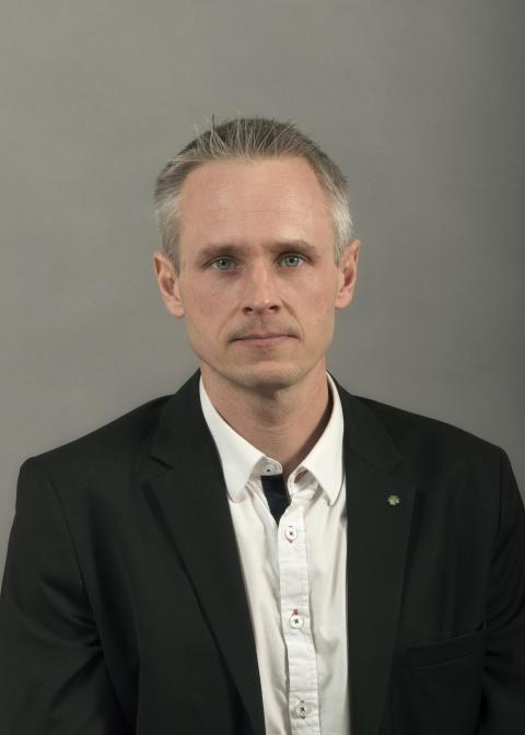 Fredrik Hansson (C) Kommunstyrelsens 1:e vice ordförande