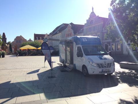 Beratungsmobil der Unabhängigen Patientenberatung kommt am 14. November nach Cottbus.