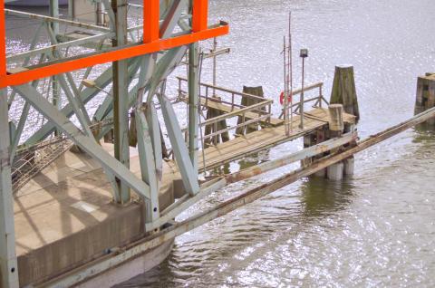Till helgen ska fartyg kunna passera Götaälvbron igen
