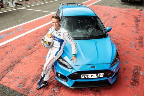 Bist Du schneller als ein Profi-Rennfahrer? Gewinne auf der Gamescom beim Forza-Spiel ein Ford Focus RS-Fahrerlebnis