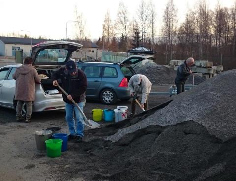 Kommunen ger gratis stenflis till fastighetsägare