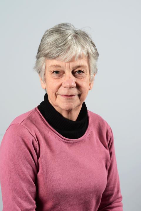 Cecilia Hamilton (V)
