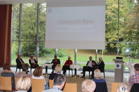 Beruf des Osteopathen dringend anerkennen / 200 Osteopathen aus ganz Deutschland beim 18. Kongress in Bad Nauheim