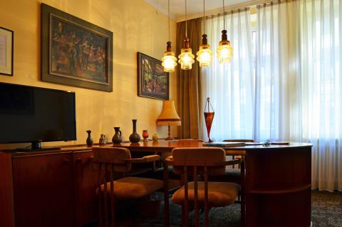"""die """"DDR Suite"""" im Galerie Hotel Leipziger Hof"""