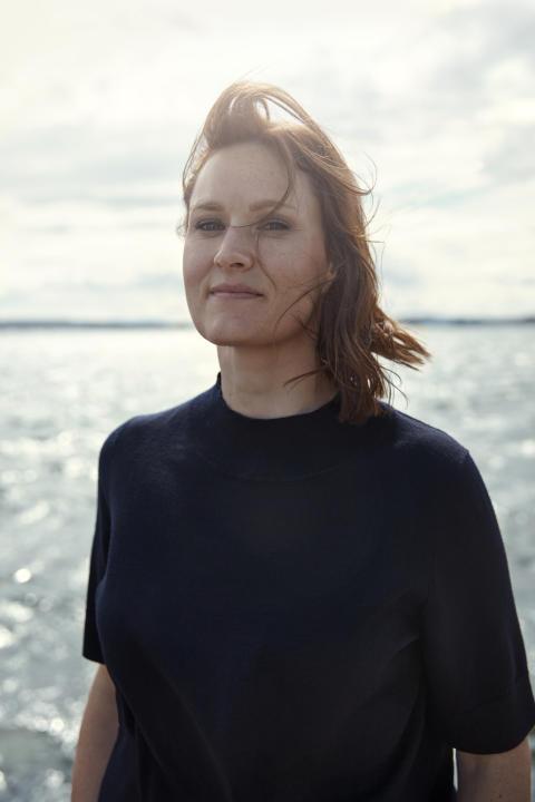 Portrett 4 Agnes Ravatn