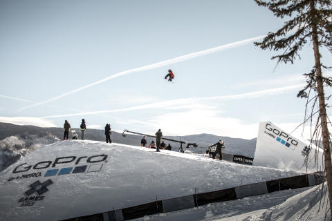 Mons Røisland i X Games-debuten. Foto: Matt Pain / Snowboardforbundet