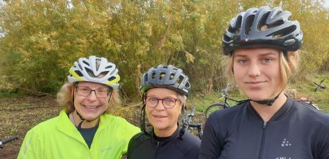 Rakel Lindqvist, Britt-Marie Sandén och Sandra Andersson, Skara