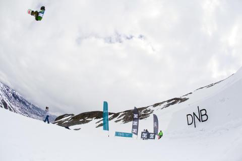 Gjermund Bråten, bs double 1080. Foto: Preben Stene Larsen/Snowboardforbundet