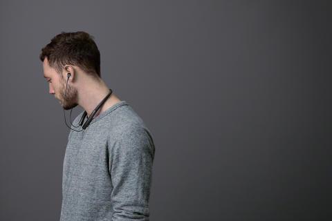 h.ear in wireless black