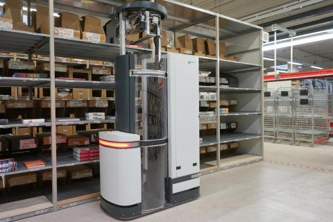 Revolution im Warenlager: Kommissionier-Roboter TORU Cube auf der CeMAT