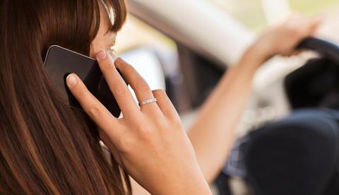 Svara i mobilen – en balansgång mellan tillgänglighet och säkerhet för distriktssköterskor