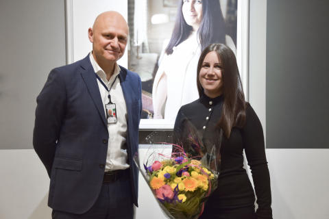 Barnadvokat Anna Ekvall utsedd av Expressens läsare till Folkets val i Welcome to my hometown på Arlanda