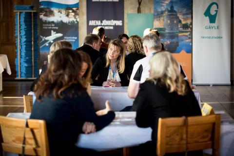 Sveriges största mötesarrangörer träffas i Västerås för att speeddejta svenska destinationer