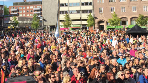 Folkfest på Fristadstorget under Junior-EM i friidrott