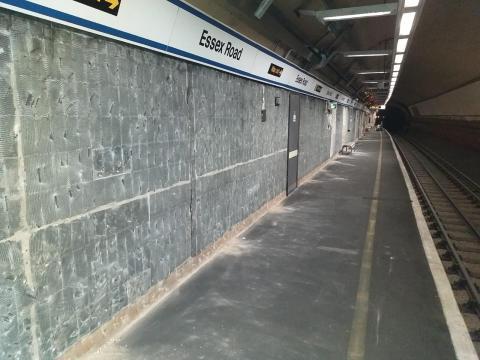Essex Road platform stripped