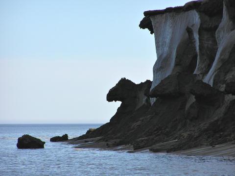 Större koldioxidutsläpp från kollapsande permafrost utmed sibirisk-arktiska kusten än vad som tidigare förutspåtts