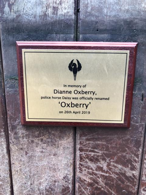 Oxberry plaque