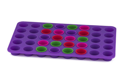 Knäckplåt i silikon lila med 20 silikonknäckformar