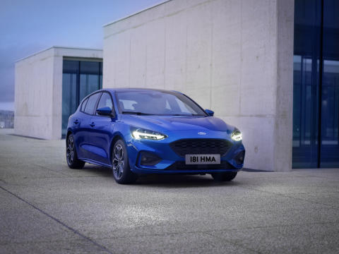 FORD_2018_FOCUS_ST-LINE__09
