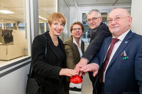 Technische Hochschule Wildau und IHP – Leibniz-Institut für innovative Mikroelektronik Frankfurt (Oder) feiern zehnjährige Kooperation