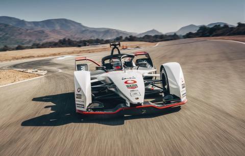 Den nya helelektriska Formula E-bilen Porsche 99X Electric