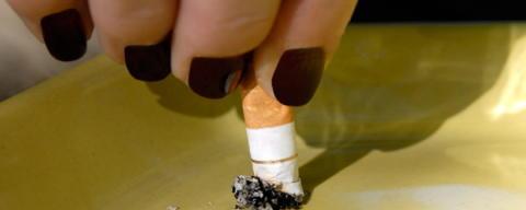 Rätten till rökfria utemiljöer behöver regleras