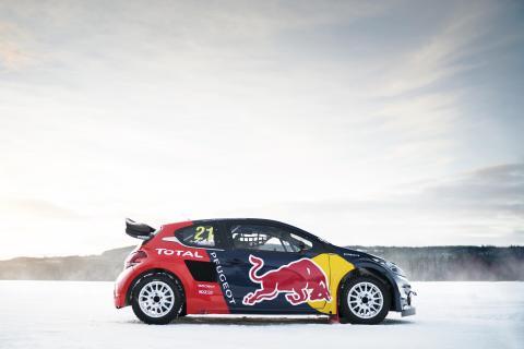 Världsmästarna Team Peugeot Hansen välkomnar Sebastien Loeb till 2016 års säsong