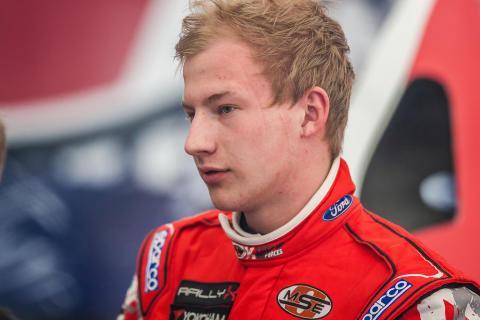Stjärnspäckat startfält i RallyX On Ice-premiären i Piteå, rallys-mästaren Kevin Eriksson kommer till start