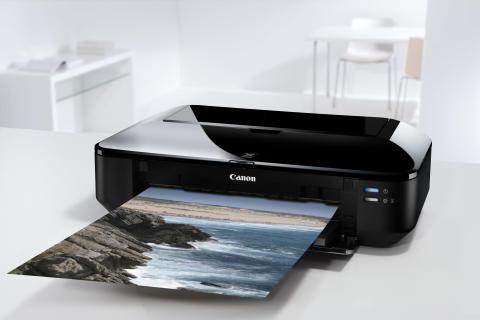 Kompakt, elegant och flexibel – Canon presenterar nya PIXMA iX6550