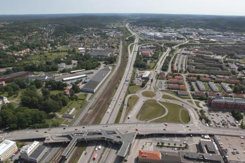 Flygvy över Forsåkerområdet, bild 3 mot Kållered och E6 söder.