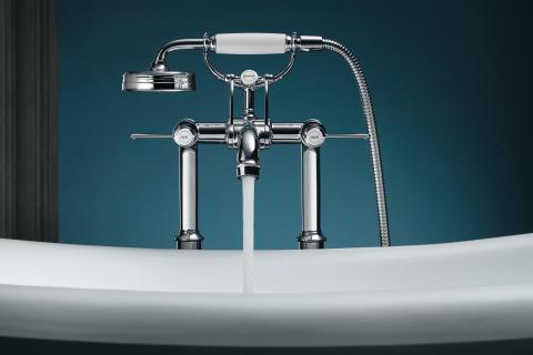 Axor Montreux_Bathtub_Lever Handles_Water