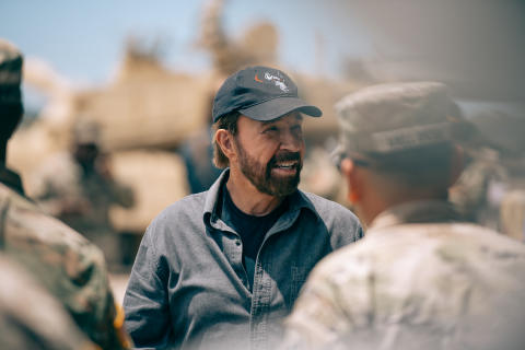 Chuck Norris' Epic Guide_HISTORY (3)