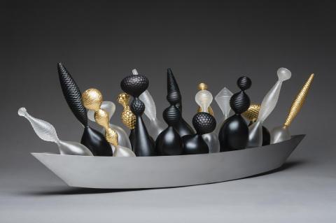 Baldwin & Guggisberg — de internationellt berömda glaskonstnärerna återvänder till sina rötter med sin första utställning i Sverige