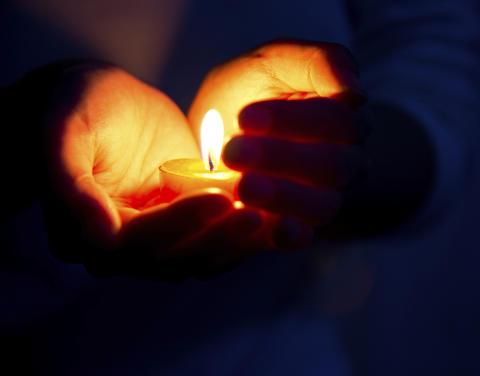 Ett ljus för varje självmord