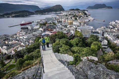 Unik historisk trapp ble ny