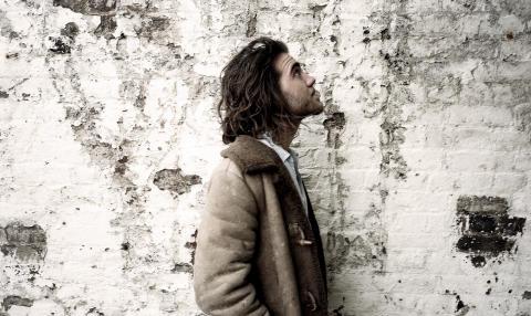 Matt Corby släpper debutalbum & kommer till Sverige