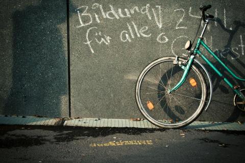 Bildung_für_alle_Fahrrad_300dpi_photocasebaah777655780212