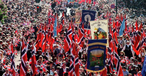 Umzug am Nationalfeiertag 17. Mai in Oslo