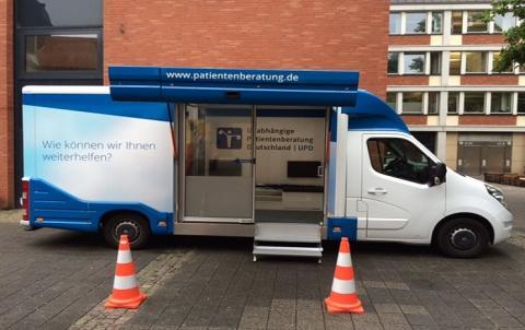 Beratungsmobil der Unabhängigen Patientenberatung kommt am 23. März nach Münster.