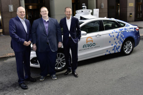 Jim Hackett (Ford), Bryan Salesky (ARGO) og Herbert Diess (Volkswagen)