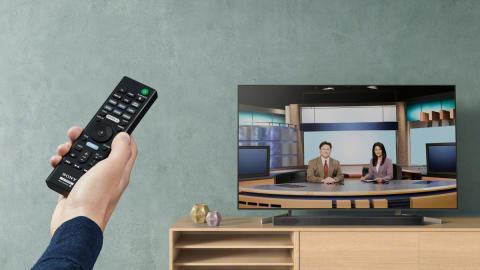 Sony_HT-XF9000_BRAVIA_XF90_Lifestyle_03