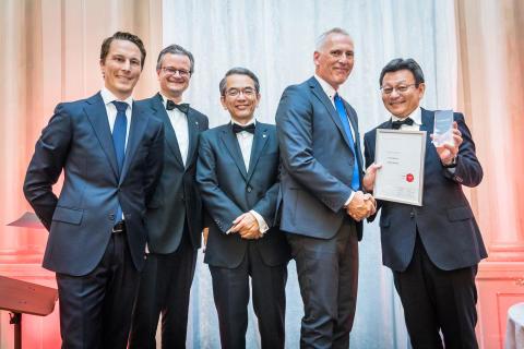 Dustin Norge hedret med europeisk Growth Award på Canons Premium Partner-konferanse