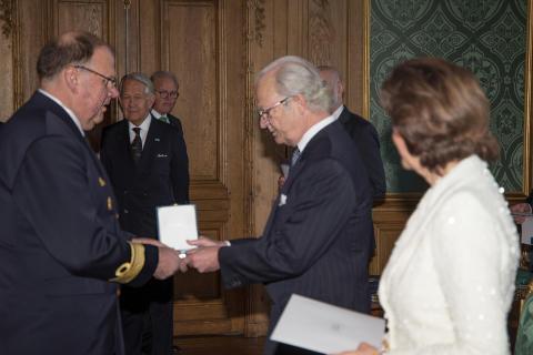 Konteramiral Thomas Engevall tilldelas HM Konungens medalj