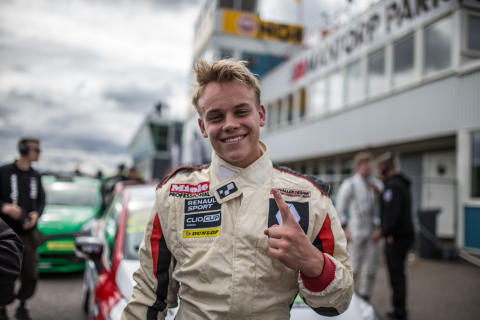 Nicklas Oscarsson sopade rent på Mantorp