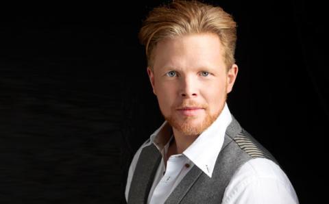 Idolvinnaren Daniel Lindström är tillbaka i rampljuset - uppträder live på Musikplatsen
