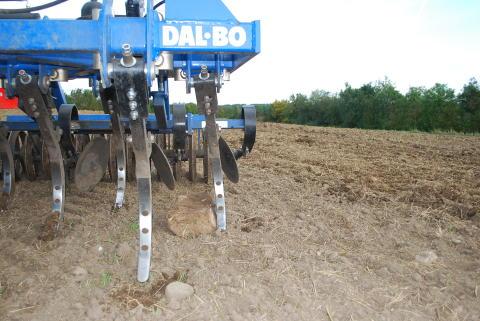 Dal-Bos stubbkultivator TriMax går på djupet med en 6,3 meter version